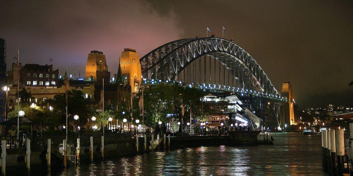 freight shipping to australia