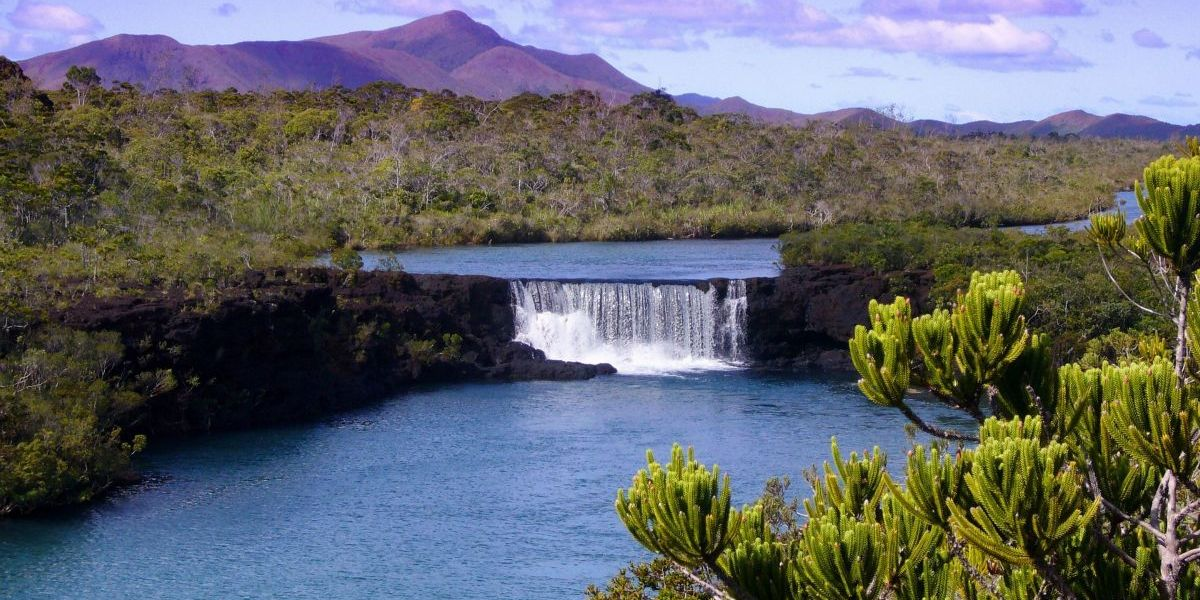 freight shipping to new caledonia